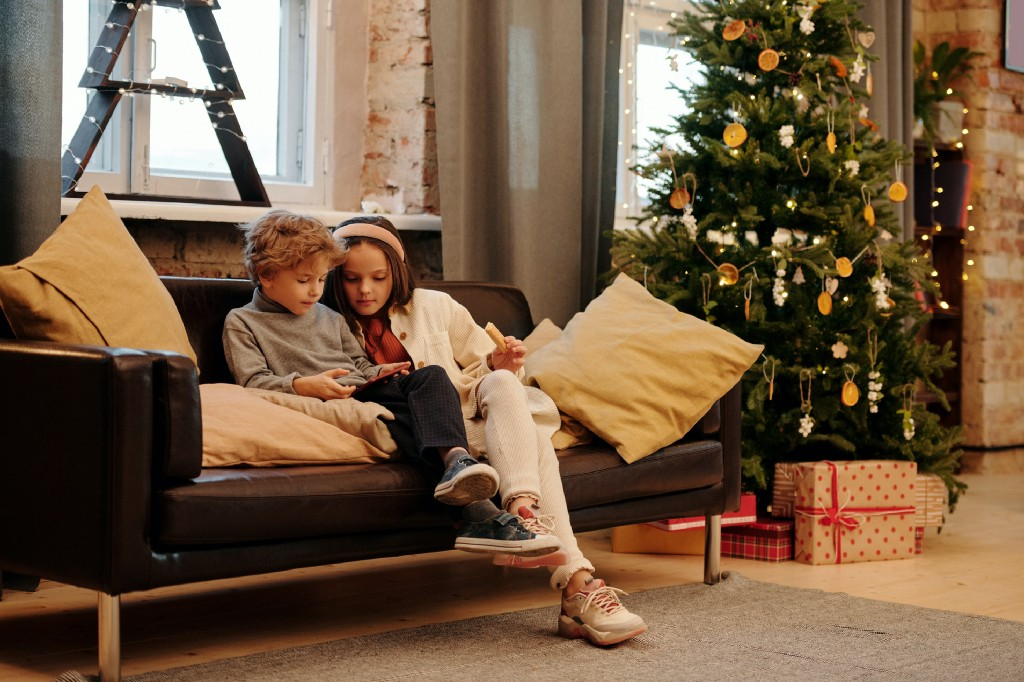 Transform the Media Landscape this Holiday Season!
